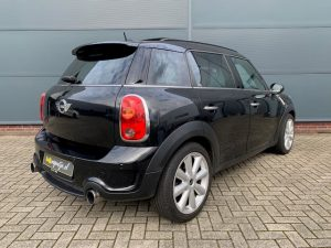 Zwarte MINI Countryman Cooper S ALL4